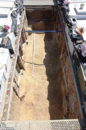 Primera fosa común del cementerio de Puerto Real (Cádiz), tras la finalización de los trabajos de exhumación.