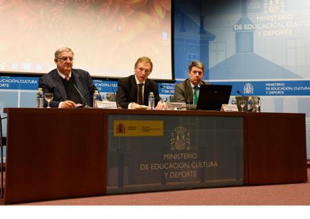 Representantes del Ministerio de Cultura, en la presentación de Pares 2.0.