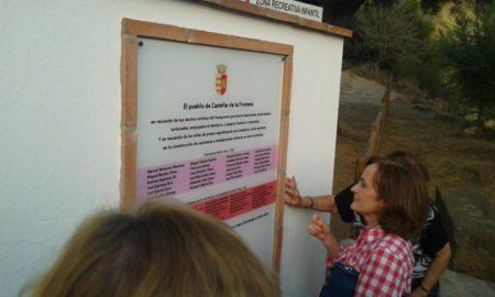 Placa con los nombres de los represaliados de Castellar de la Frontera.